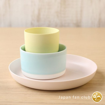 color your table with colorful Arita porcelain
