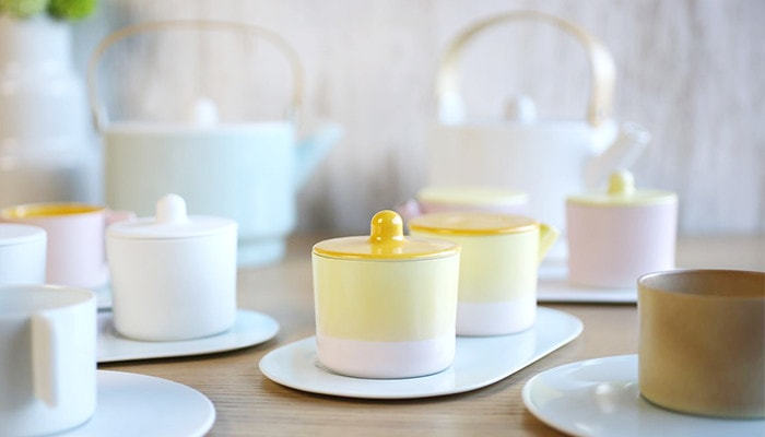 cute colorful sugar and creamer sets with teapot