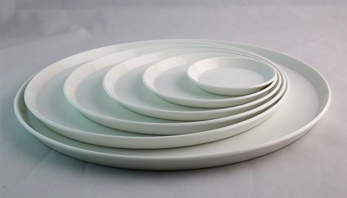 make a beautiful circle line with stacking plates