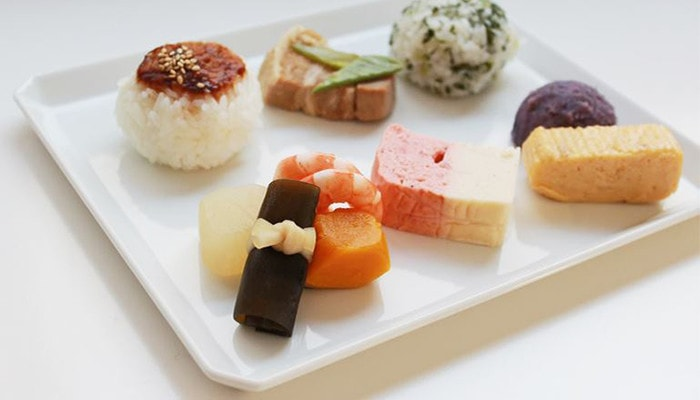 simple square plate make colorful dishes stand out