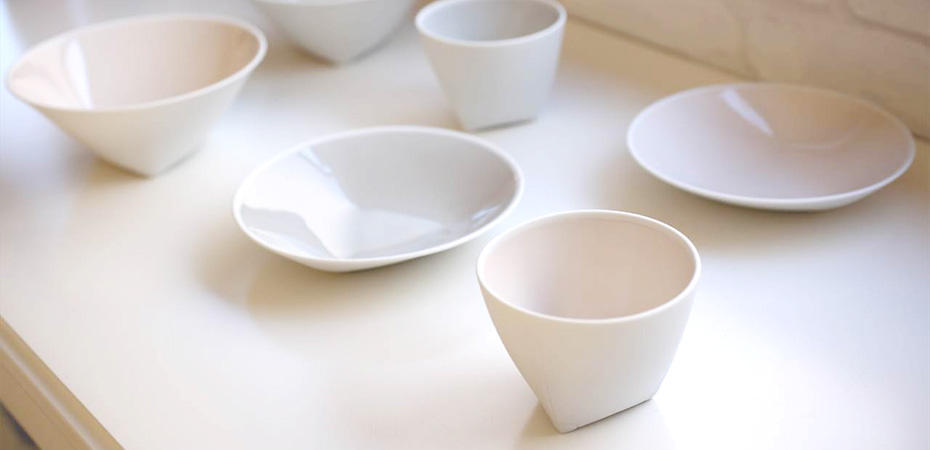 The back side of tableware can not be glazed