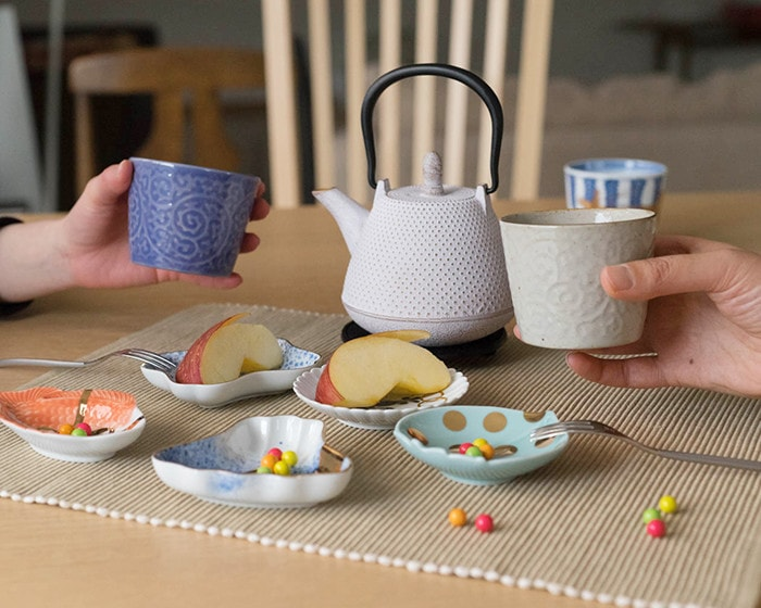 Enjoy tea time with blue and white Arita soba cups