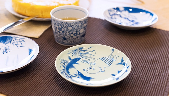 Arita porcelain tableware of Moomin series on the table