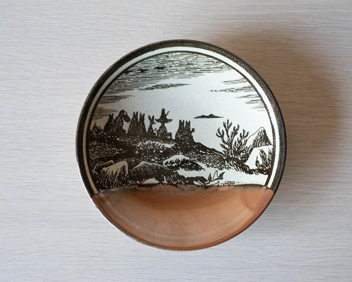 Moomin Mashiko pottery plate Kaki