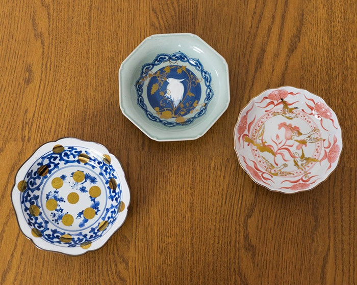 3 types of Arita deep dishes on the table
