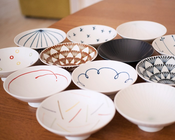Flat rice bowls from Hakusan Toki