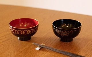 Authentic Beauty on Your Hand Japanese Lacquerware Bowls WAN