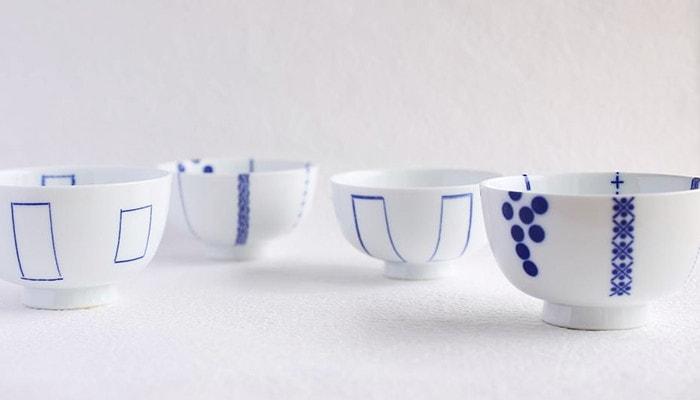 3つ並んだ東屋の花茶碗