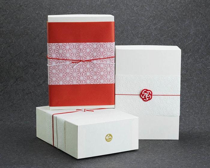 日本デザインストアのオリジナルギフトボックス
