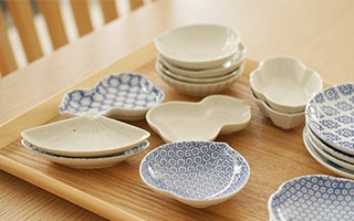 Cute mamezara (tiny plates) collection of Hasami porcelain