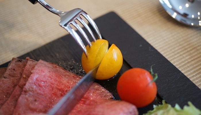トマトもスッと切れます