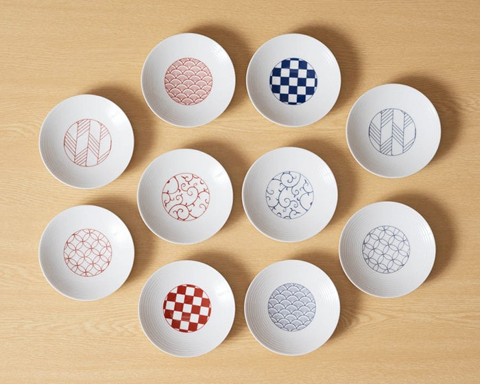 Each pattern of Japanese dishware from Eiho porcelain