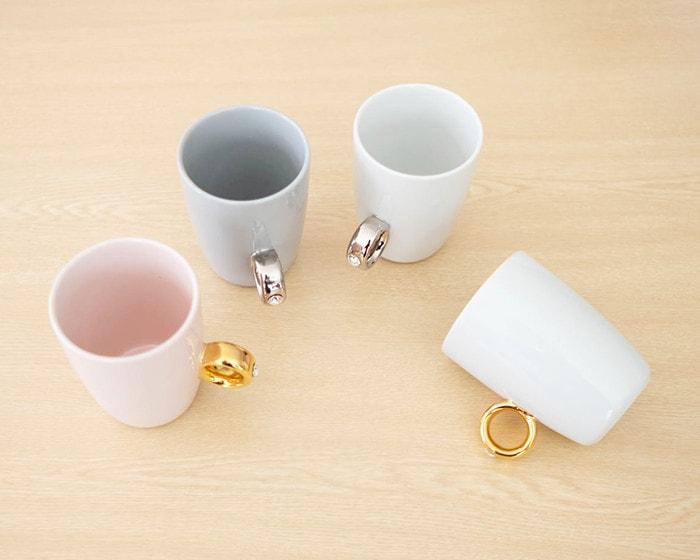 4種類のCUPRINGがテーブルに並んでいる