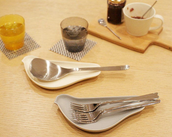 Use bird plates TORIZARA as cutlery rests