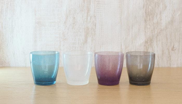 4色のfrescoのsolitoのガラスのコップ