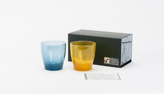 fresco solitoの青とオレンジのペアセットと専用の箱と説明書