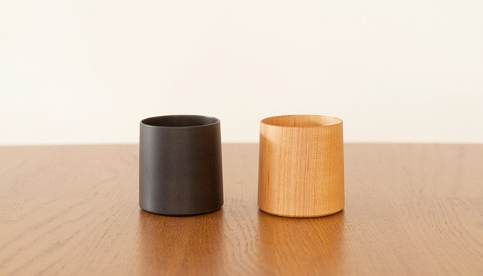 Pair of SAKURA Cylinder wooden cups of Gato Mikio