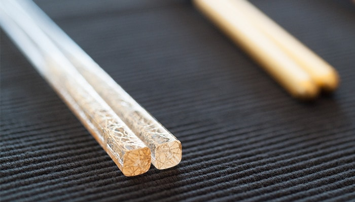Delicate design of the chopsticks Gold clear thread