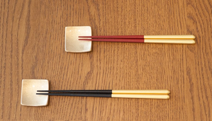 Pair of Hakuichi chopsticks of Shizuku