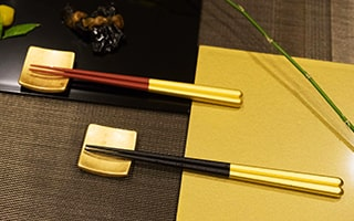 A gold leaf beautiful Japanese chopstick set