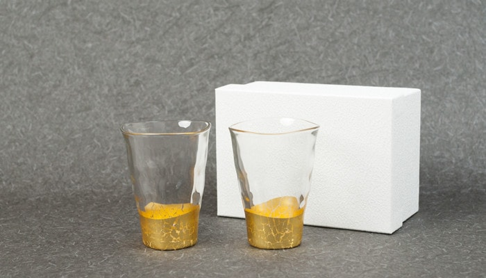 Gold leaf glasses set and its exclusive box