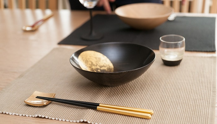 Shizuku chopsticks set and Oborozuki bowl