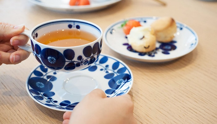 Teacup & saucer of Bloom series from Hakusan Toki