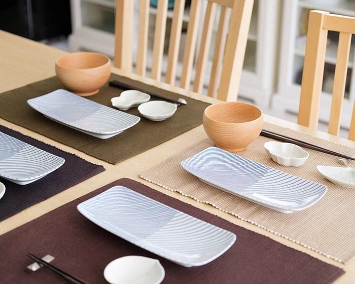 重ね縞やめいぼく椀、土灰豆皿を使用したテーブルコーディネート