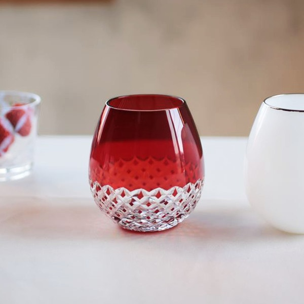 Red Edo kiriko glass of Karai