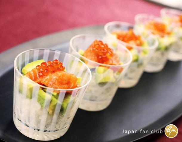 モダンな食器としても使える廣田硝子のそばちょこ