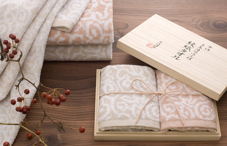 Patterned towels Mon-Ori towel from Imabari Kinsei