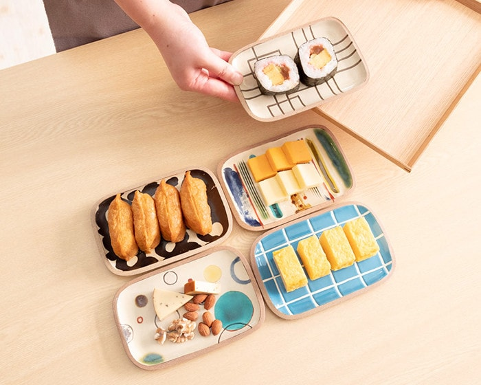Serve sushi and other dishes on Rectangle S plate of Okinawa pottery