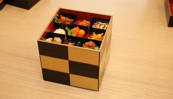 Osechi in Ichimatsu Jubako box