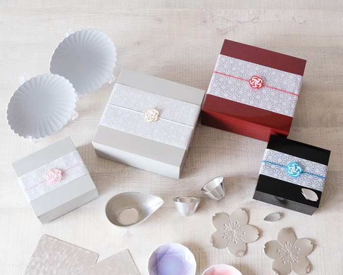 Various Japanese gift box sets in Japan Design Store