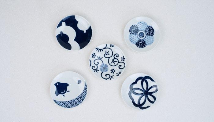 KIHARA KOMONの吉祥紋シリーズの豆皿5種類を上から見た様子