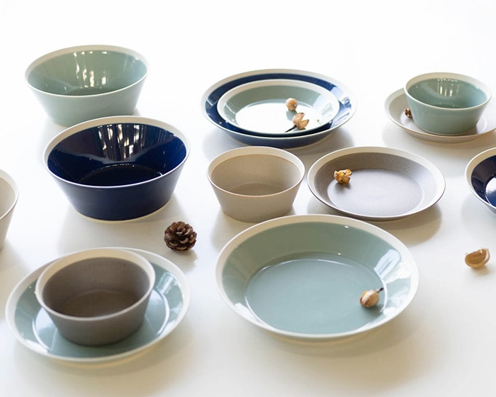 All 4 colors of plates and bowls in dishes series by iihoshi yumiko