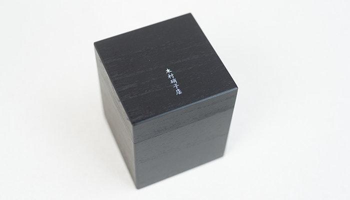 木村硝子店のミタテシリーズのグラスの木箱のイメージ写真