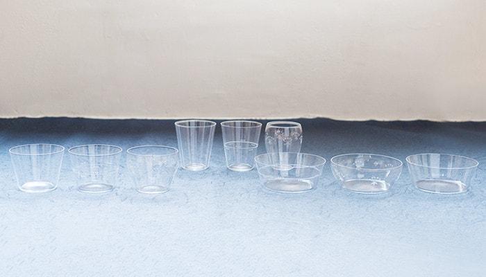 日本デザインストアで取り扱っている木村硝子店の薄玻璃(うすはり)グラス、オーブシリーズ全9点が並んでいる