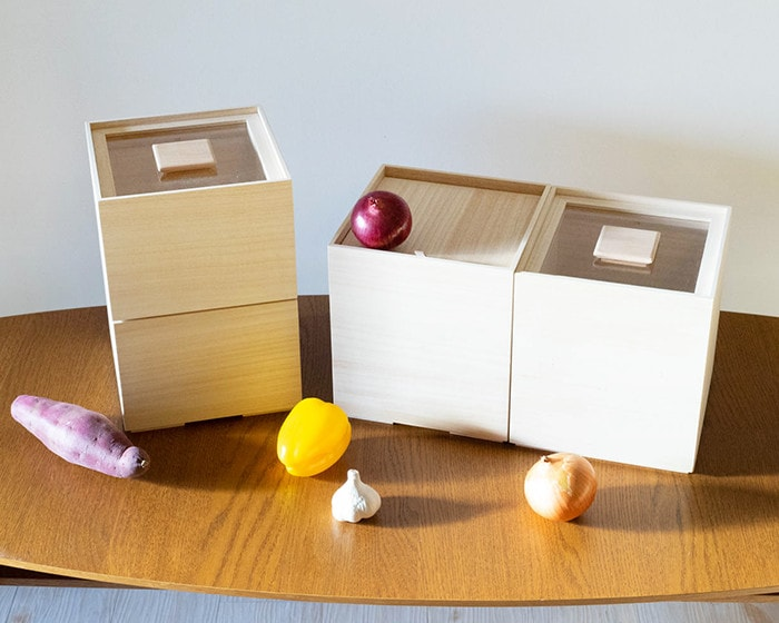 Vegetable storage boxes and rice storage boxes from Masuda Kiribako