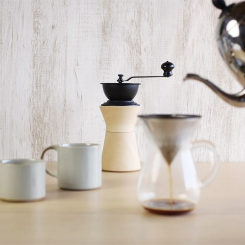 Beautiful manual coffee grinder can be smart home decor