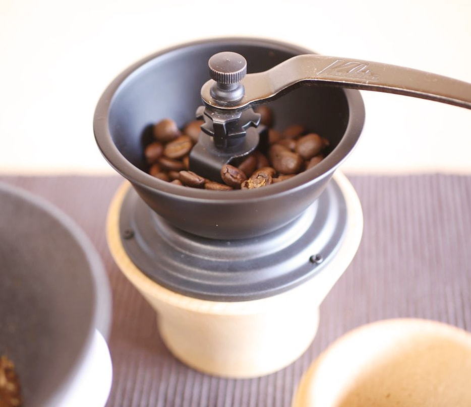 Solid design of coffee grinder produced by Kalita