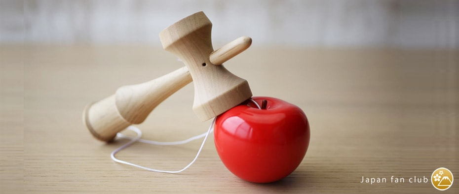 Apple kendama of more Trees