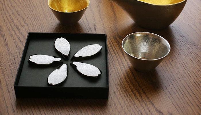 Sakura chopstick rests and sake set of Nousaku