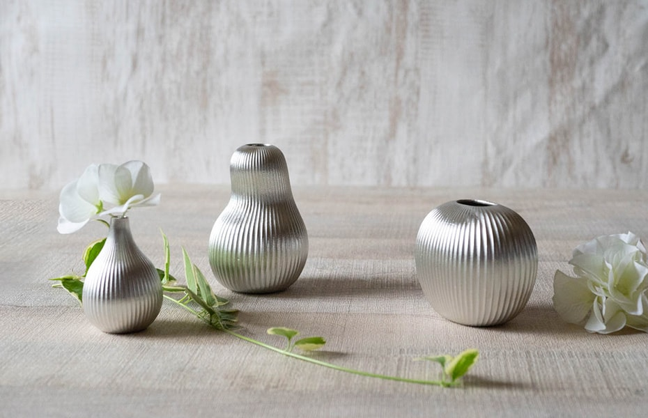 Unique bud vases from Nousaku
