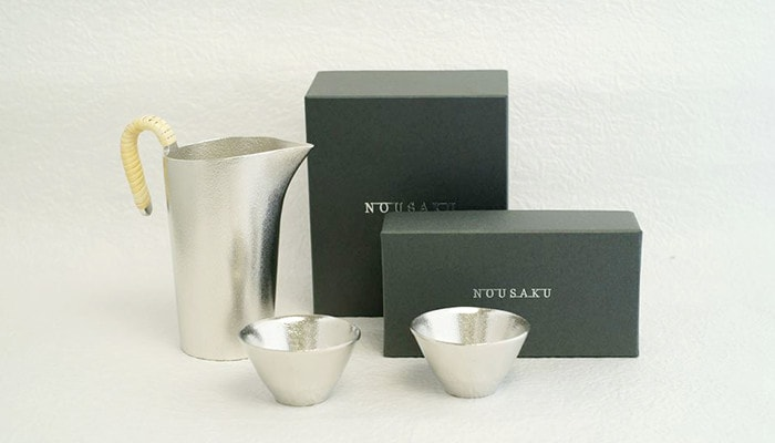 sake set and exclusive boxes of Nousaku