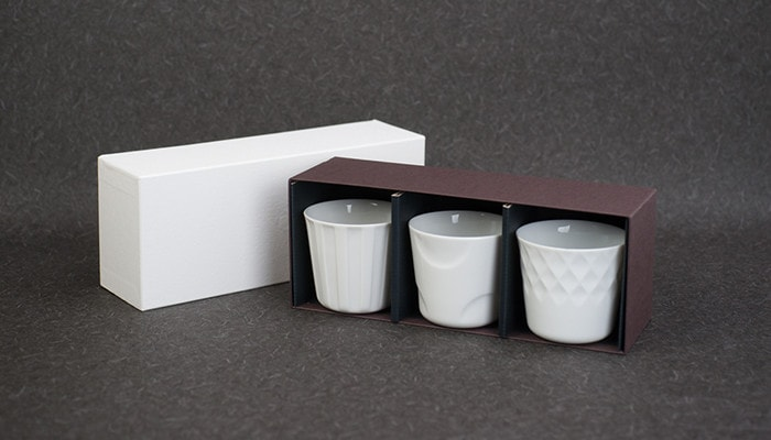Set of 3 cups and its exclusive box