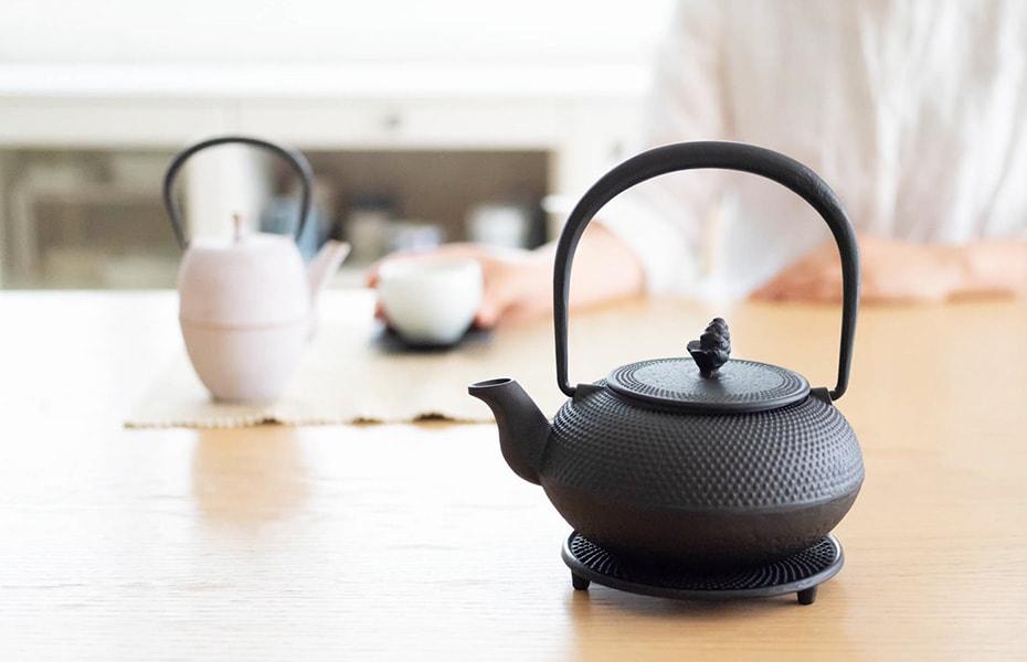 茶の湯文化を受け継いだ伝統美 おしゃれな南部鉄瓶