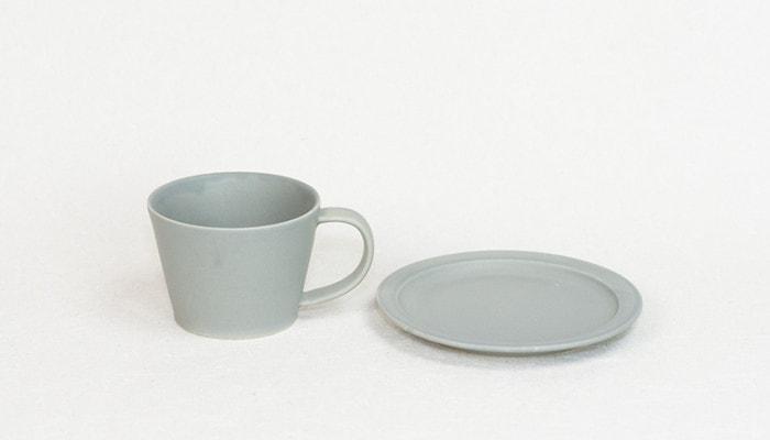 SAKUZANのカップとソーサー