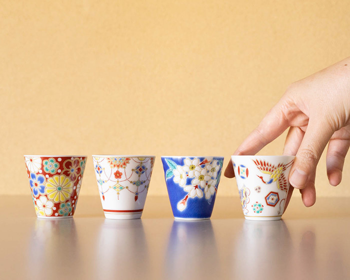 4 kinds of Kutani cups from Seikou porcelain