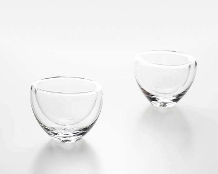 "2 sizes of double walled glass ""air lip"" from Sugahara"
